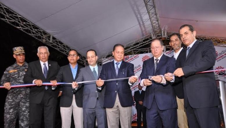 Resultado de imagen para AsociaciónNacional de Agencias Distribuidoras de Vehículos inaugura feria en santiago