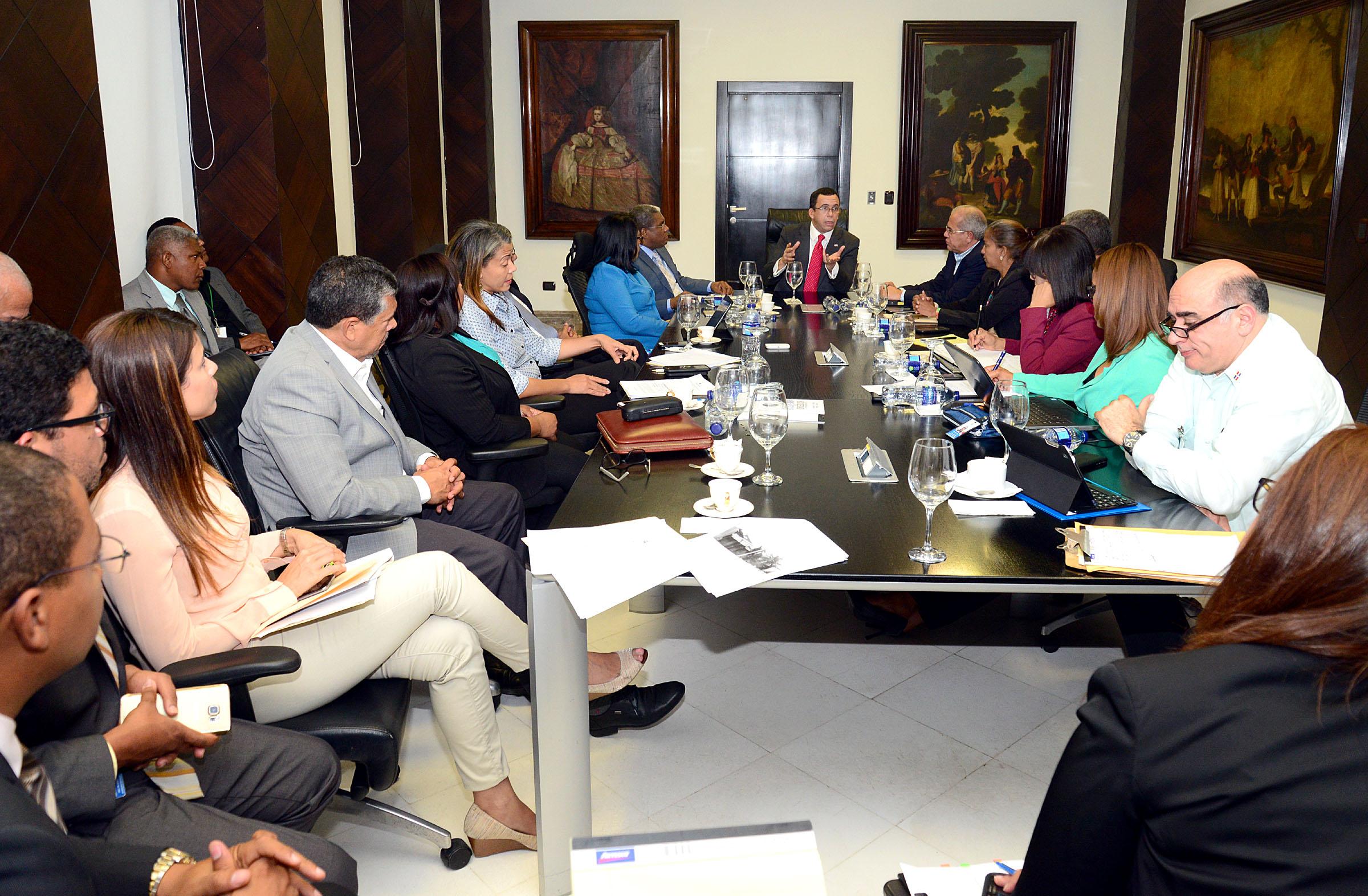 Andrés navarro dispuso la reparación de más de 90 escuelas en las ...